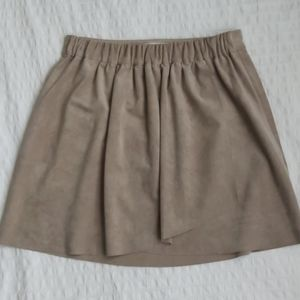 Wilfred Free suede skirt in taupe